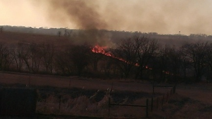 March 11, 2015 Burning the CRP land to the east (8)