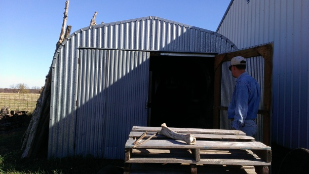 2015 November 9 Tom wanted to show me the Pack Rat's nest in the pallets in this shed (3)
